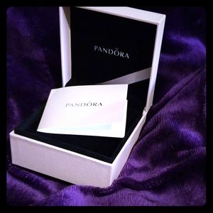 New!!! Pandora jewelry box Unsigned card Use signs